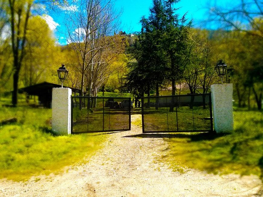 entrada-campamento-de-la-torre