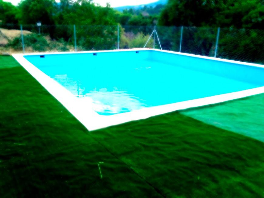 piscina-campamento-de-la-torre